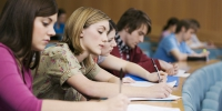 University students take notes in a lecture hall - Kchrline.Ru